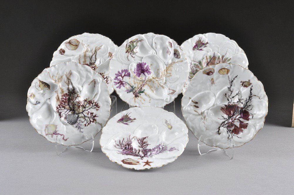 22: A SERVICE OF SIX HAVILAND LIMOGES OYSTER PLATES, ea