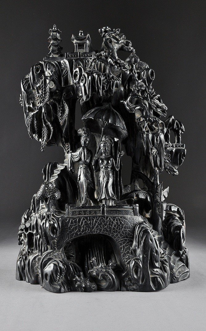 164: AN UNUSUAL CHINESE ELABORATELY CARVED ZITAN GROTTO