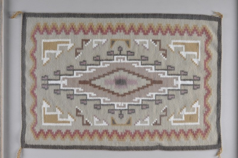 298: A NAVAJO INDIAN TWO GRAY HILL RUG, centering a dou - 3