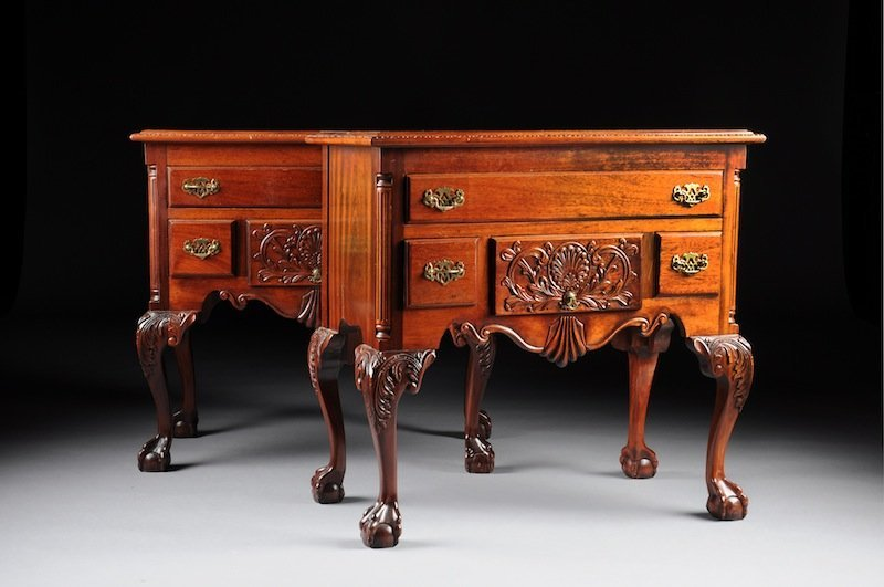 304: A PAIR OF CHIPPENDALE STYLE CARVED MAHOGANY THREE