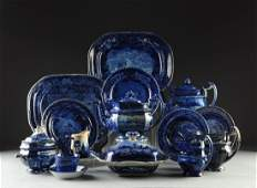AN AMERICAN FEDERAL BLUE AND WHITE PARTIAL DINNER SERVI