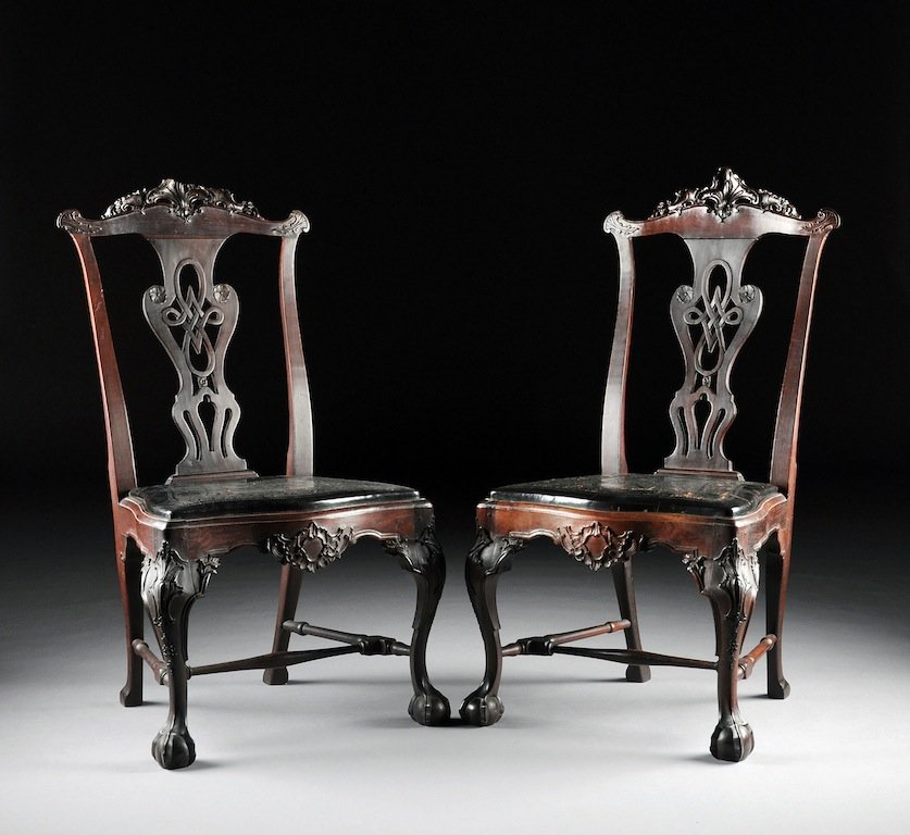 A SET OF FOUR PORTUGUESE CARVED ROSEWOOD DINING CHAIRS,