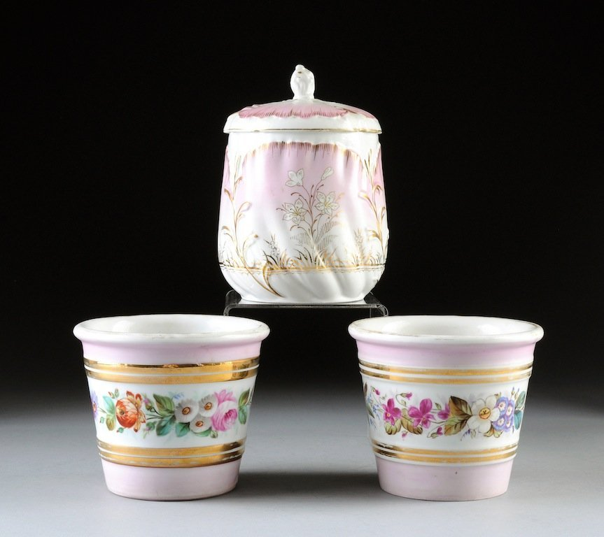 THREE FRENCH PINK GROUND PORCELAINS, LATE 19TH/EARLY 20