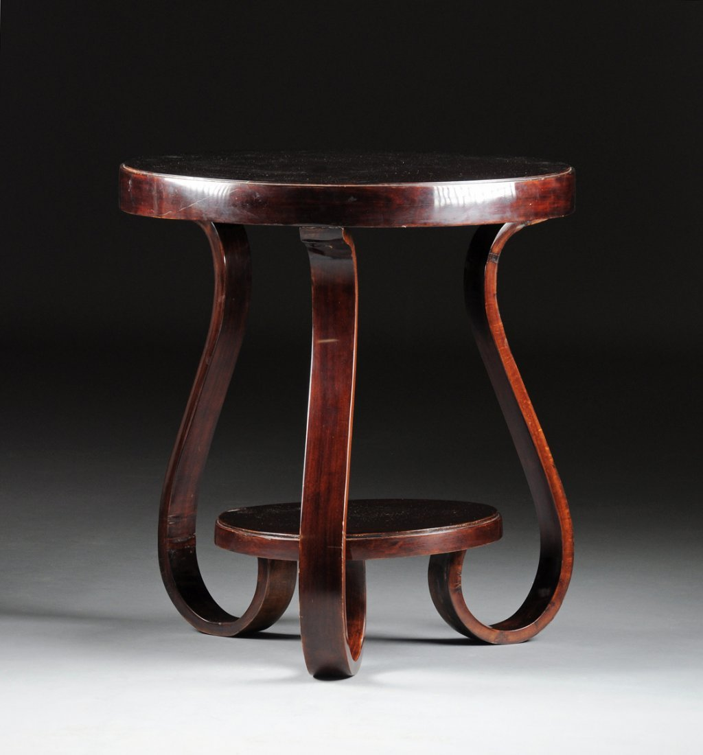 AN ART DECO MAHOGANY SIDE TABLE, CIRCA 1930,
