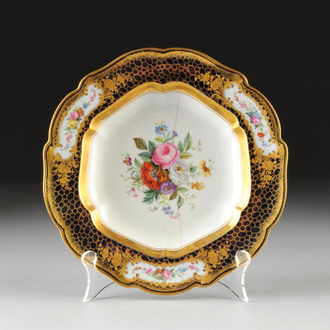 A RUSSIAN PARCEL GILT AND FLORAL PAINTED COBALT GROUND