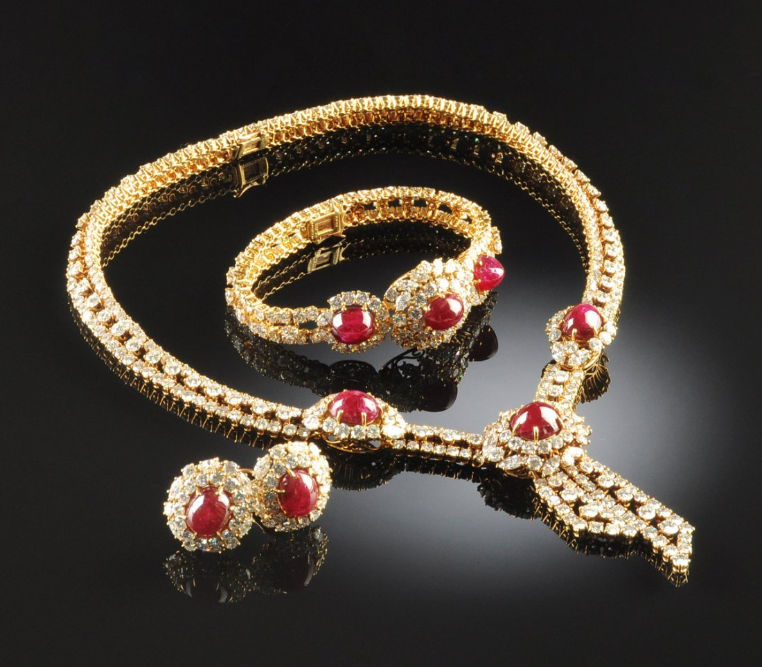 AN M. GERARD PARIS 18K GOLD LADY'S NECKLACE, BRACELET