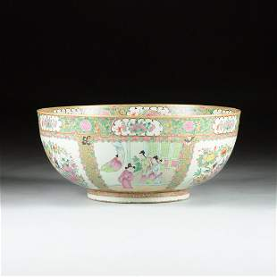 A LARGE CHINESE EXPORT POLYCHROME ENAMELED PUNCH BOWL,