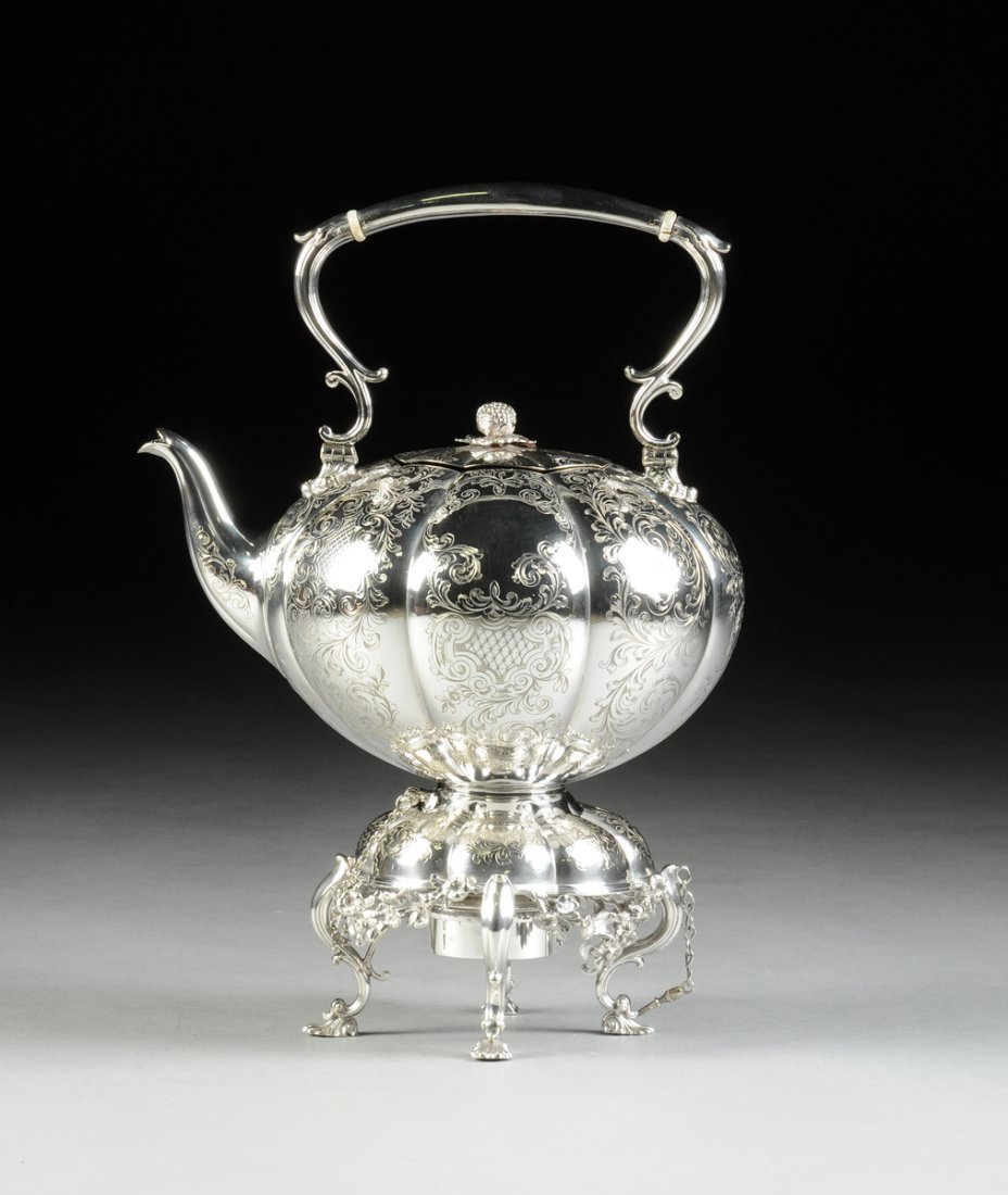 AN ELKINGTON & CO. SILVER PLATED HOT WATER KETTLE ON