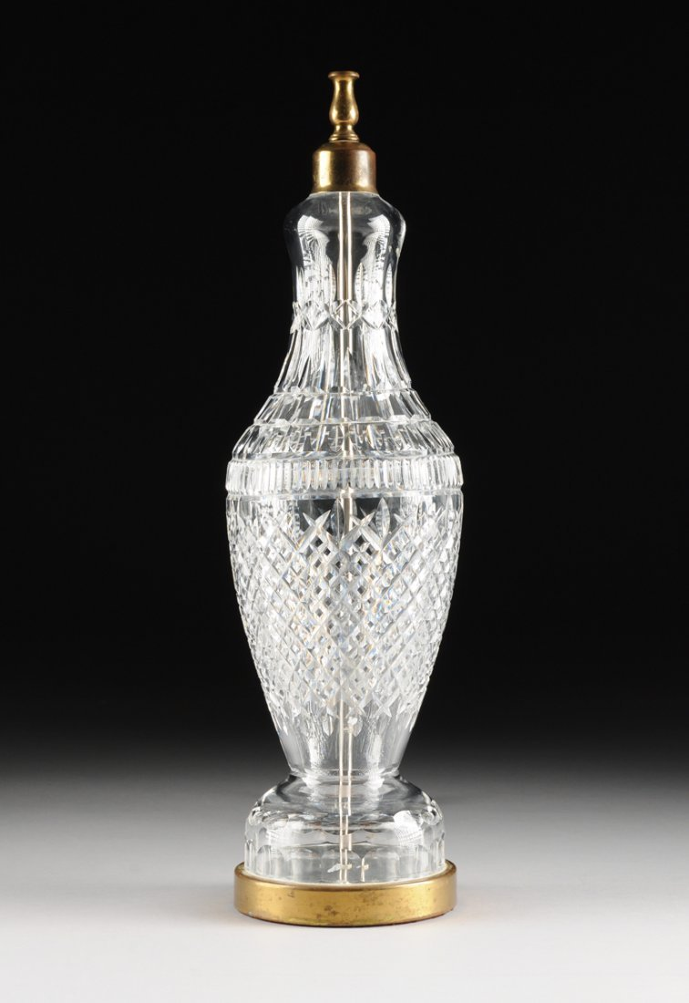 "A WATERFORD CLEAR CRYSTAL ""TRAMORE"" PATTERN TABLE LAMP,"