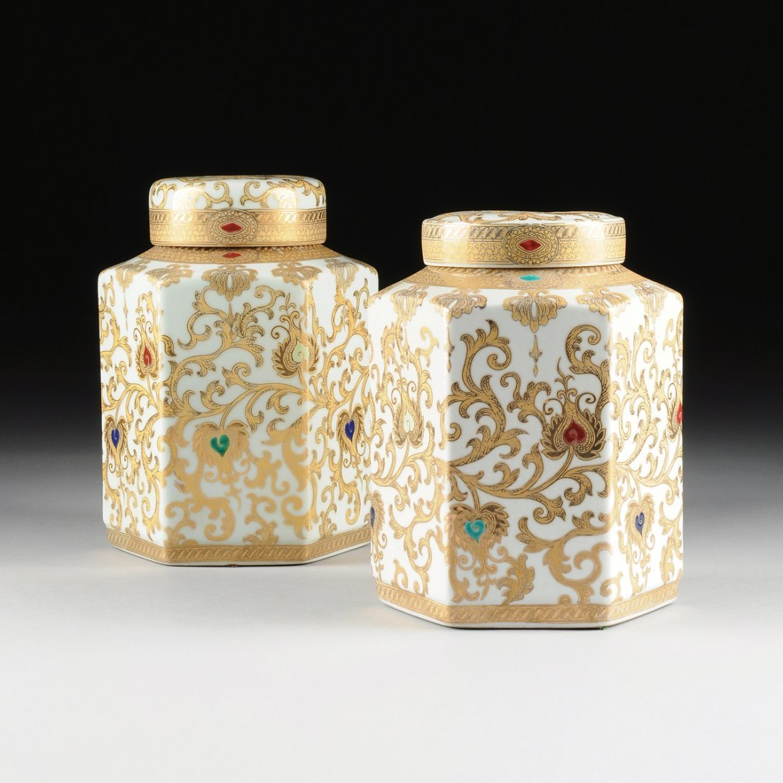 A PAIR OF CHINESE HEXAGONAL GILT AND TRANSFER PRINTED