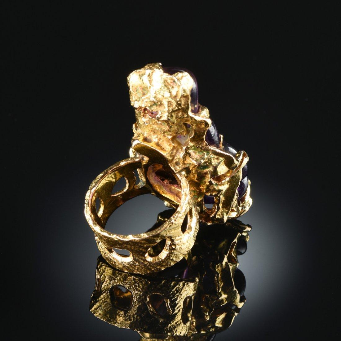 A 14K YELLOW GOLD CRAB SHAPED AMETHYST RING, - 3