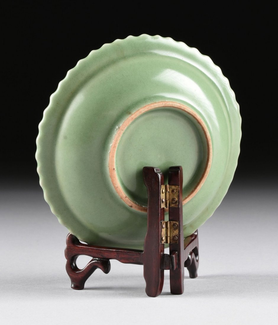 A CHINESE SMALL BARB RIMMED CELADON DISH, TOGETHER WITH - 4