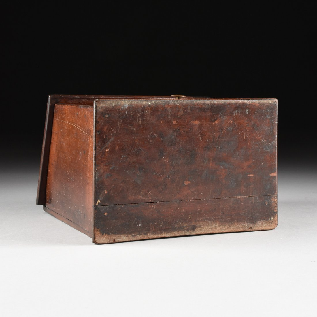 AN ANTIQUE AMERICAN CARVED WOOD AND BURL MAPLE VENEERED - 8