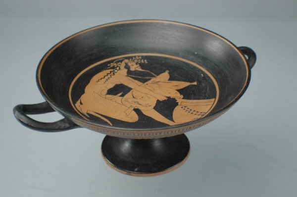 3: A SOUTH ITALIAN BLACK GLAZE footed bowl, the everted