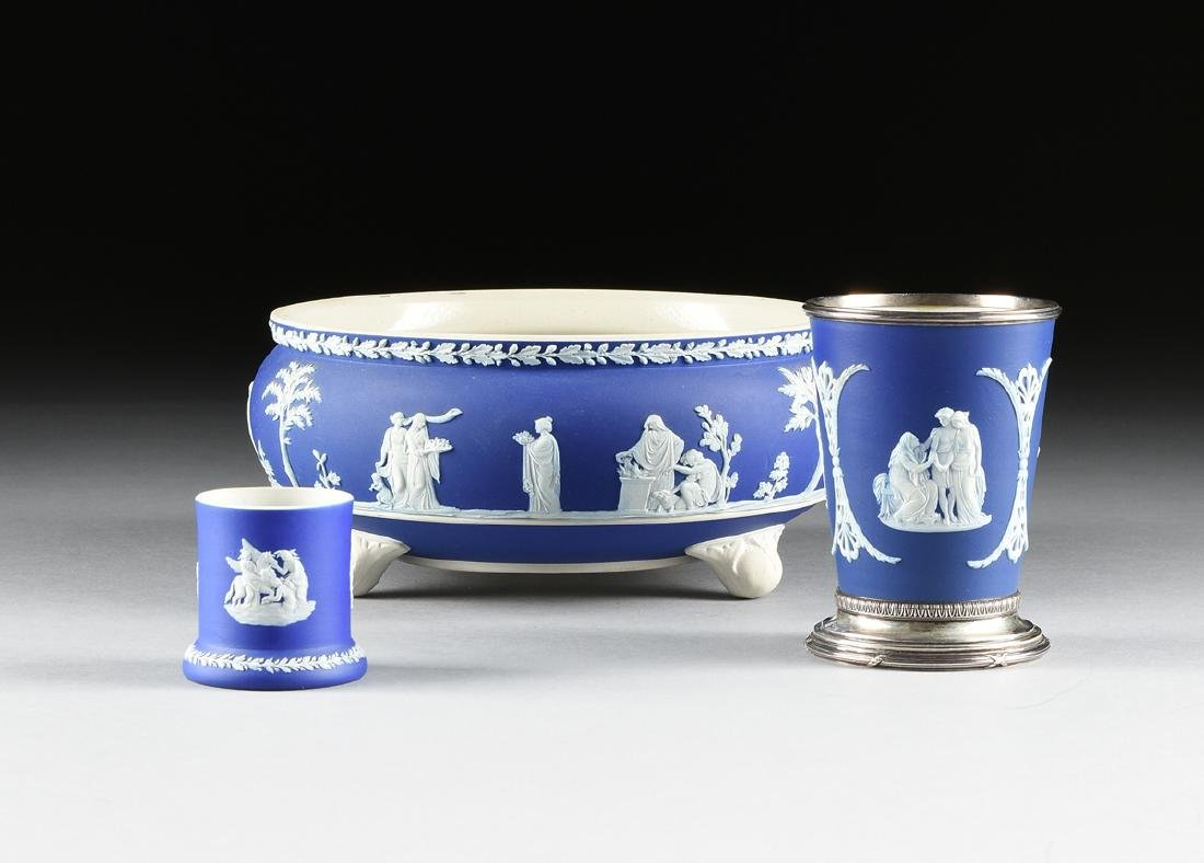 A GROUP OF THREE WEDGWOOD DARK BLUE DIP JASPERWARE