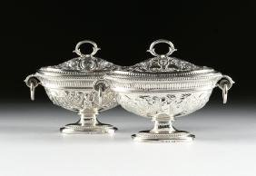 A PAIR OF GEORGE III STERLING SILVER SAUCE TUREENS WITH