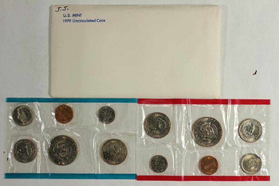 1979 US MINT SET (UNC) P/D (WITH ENVELOPE) - 2