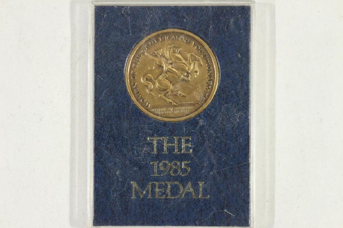 "1 1/2"" BRONZE 1985 MEDAL BY THE UNITED STATES"