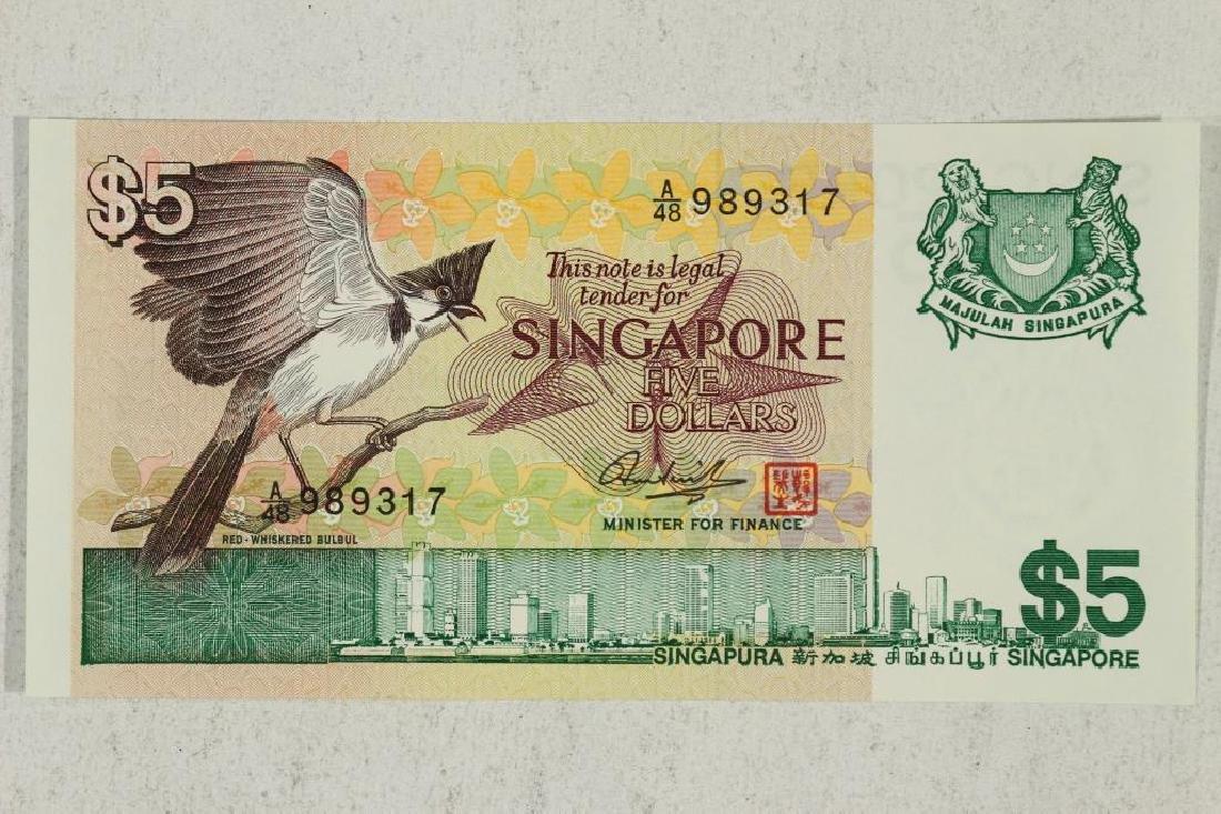 1976 SINGAPORE $5 CRISP UNC