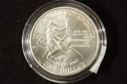 1996D SMITHSONIAN COMMEMORATIVE UNC SILVER DOLLAR