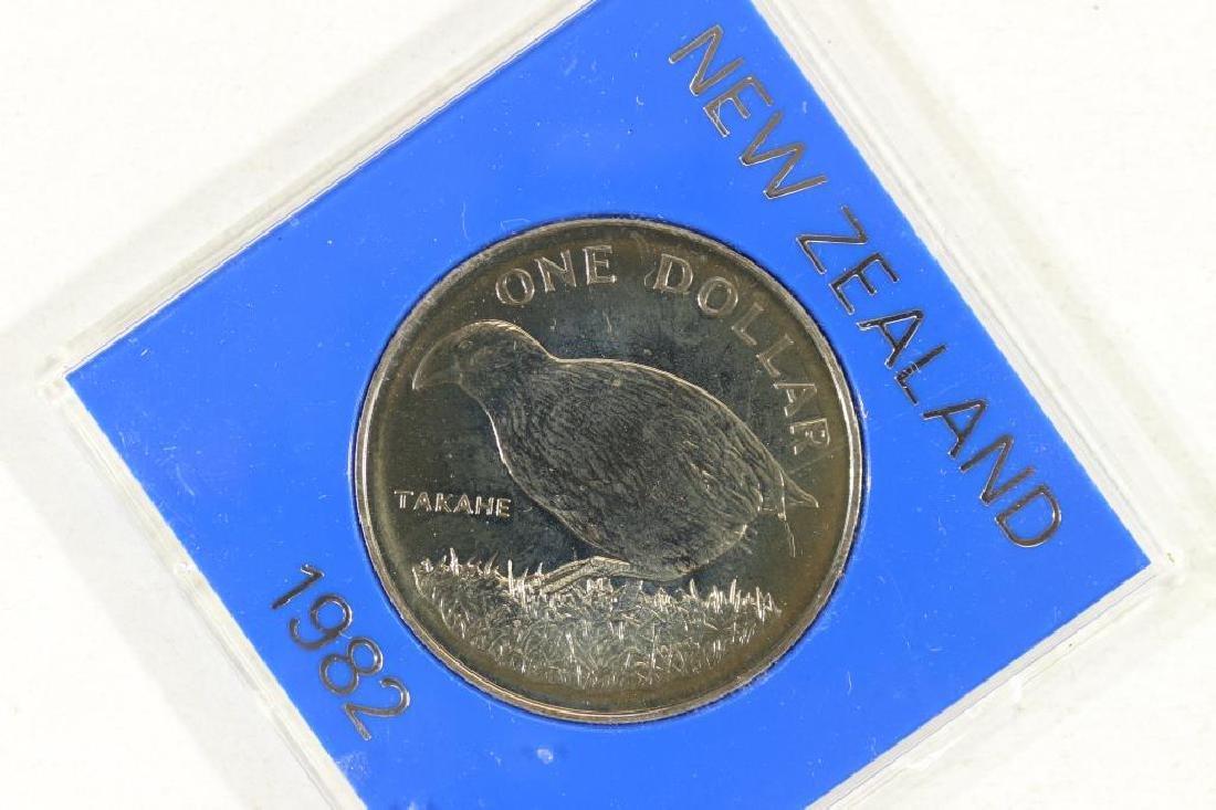 1982 NEW ZEALAND $1 TAKAHE UNC