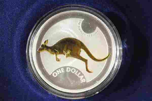 2006 AUSTRALIA $1 SILVER SELECTIVELY GOLD PLATED
