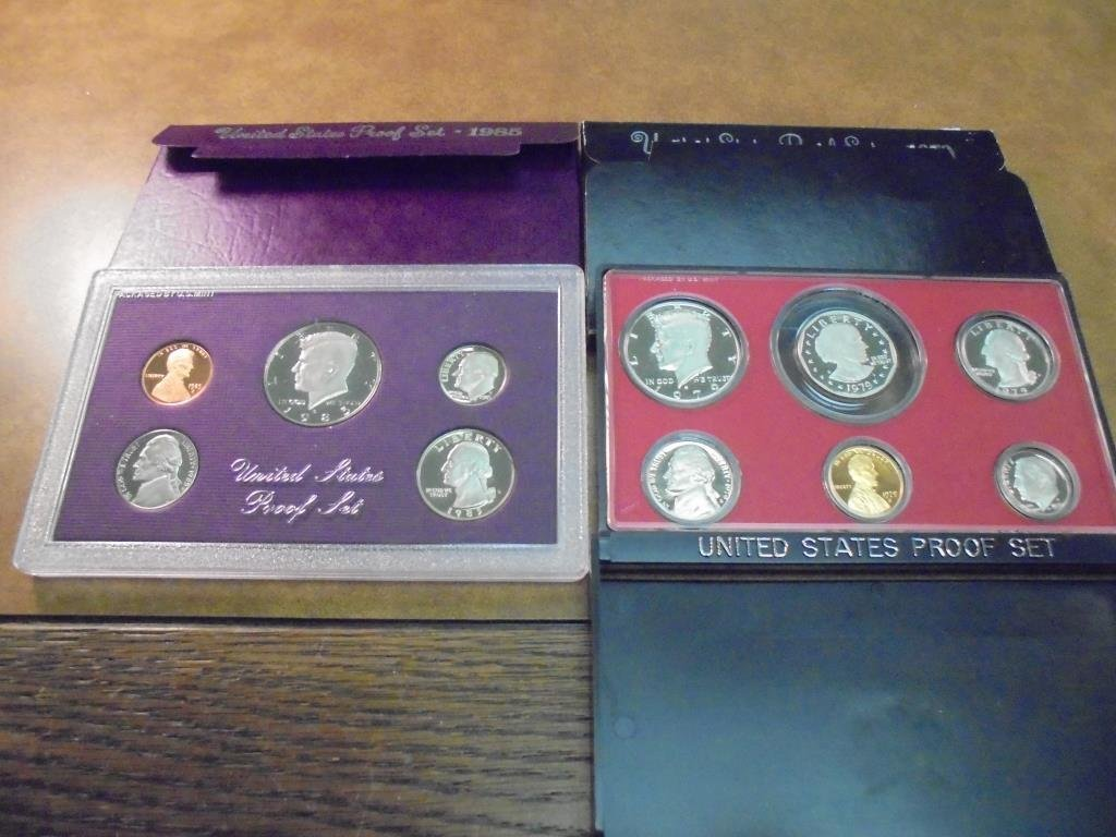 1979 & 1985 US PROOF SETS (WITH BOXES)