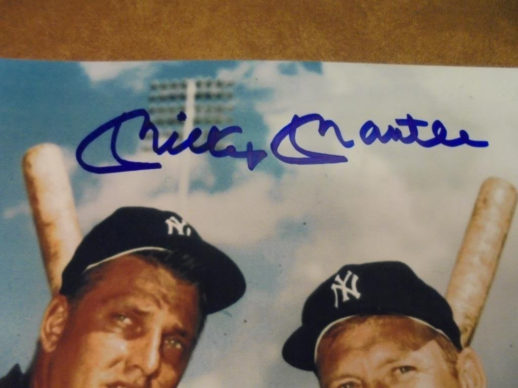 """7 3/4"""" X 10"""" MICKEY MANTLE AUTOGRAPHED PICTURE - 2"""
