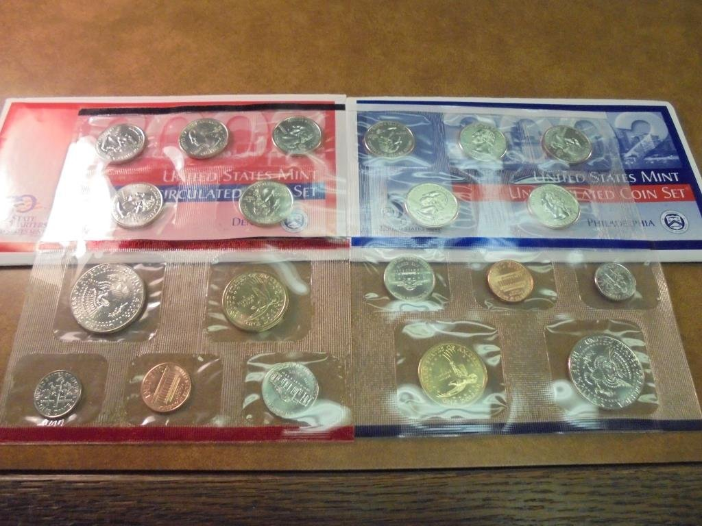 2002 US MINT SET (UNC) P/D (WITH ENVELOPE) - 2