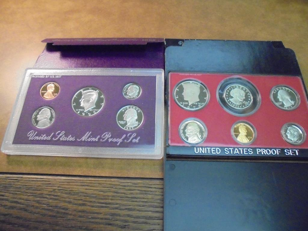 1979 & 1993 US PROOF SETS (WITH BOXES)