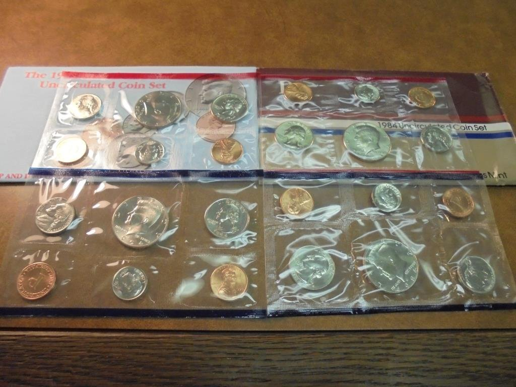 1984 & 1994 US MINT SETS P/D (WITH ENVELOPES)