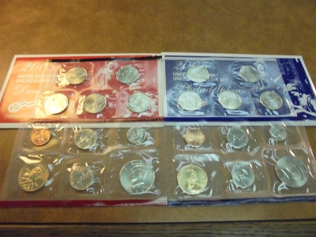 2005 US MINT SET (UNC) P/D (WITH ENVELOPE)