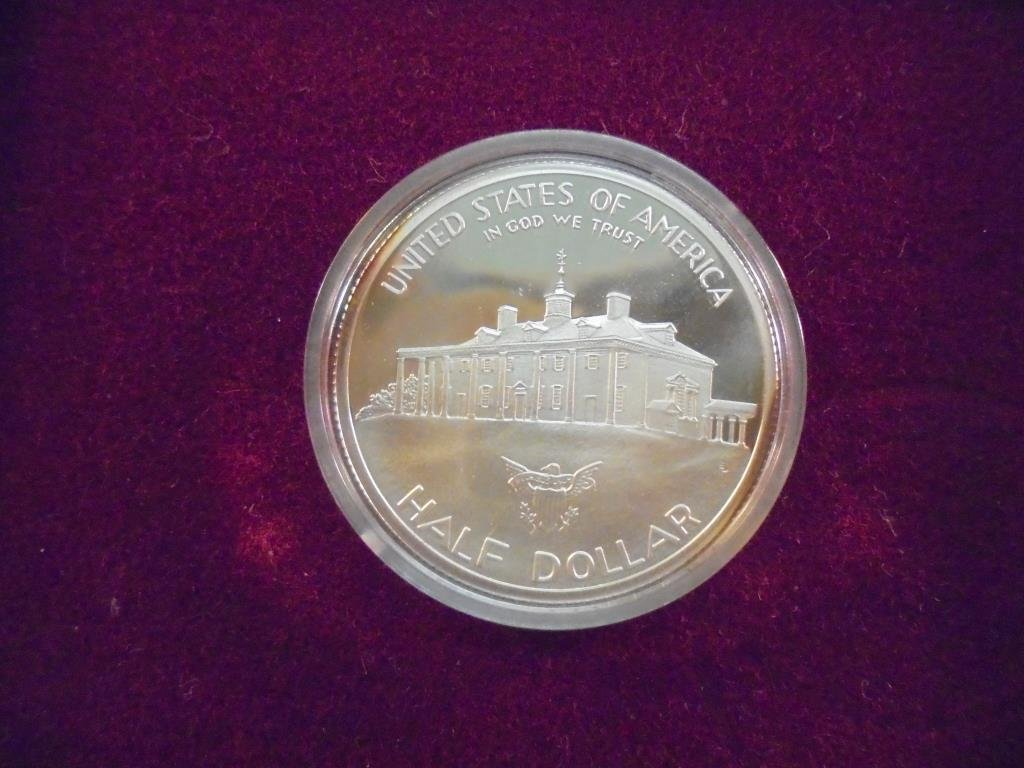 1982-S GEORGE WASHINGTON COMMEMORATIVE SILVER - 2