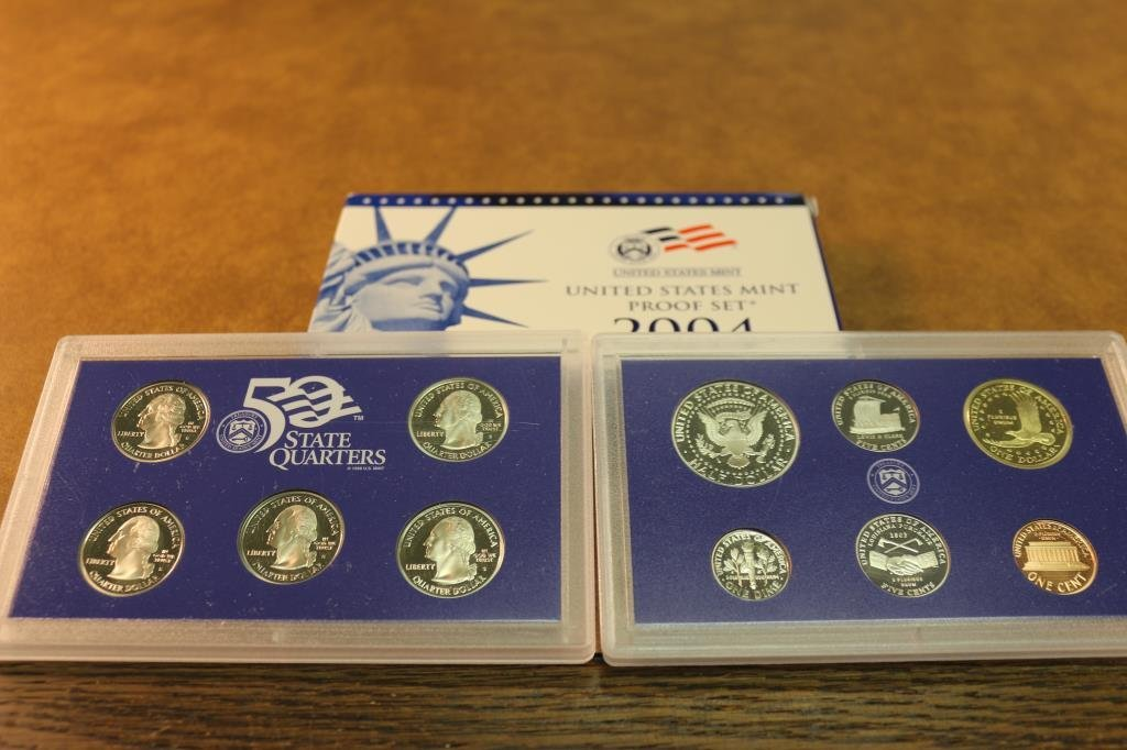 2004 US PROOF SET (WITH BOX) - 2