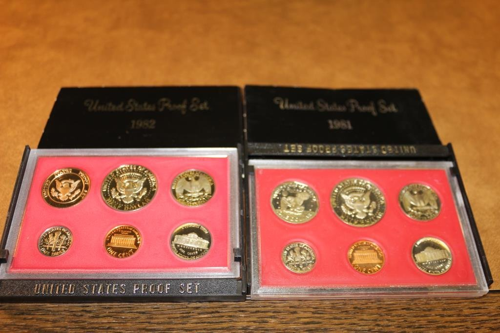 1981 & 1982 US PROOF SETS (WITH BOXES) - 2