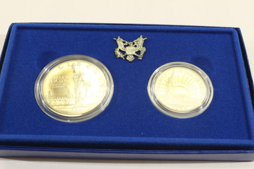 1986 STATUE OF LIBERTY 2 COIN UNC SET