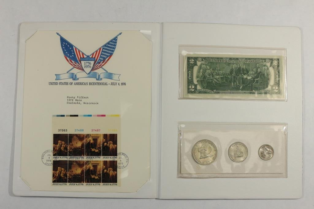 US BICENTENNIAL COIN CURRENCY & STAMP SET
