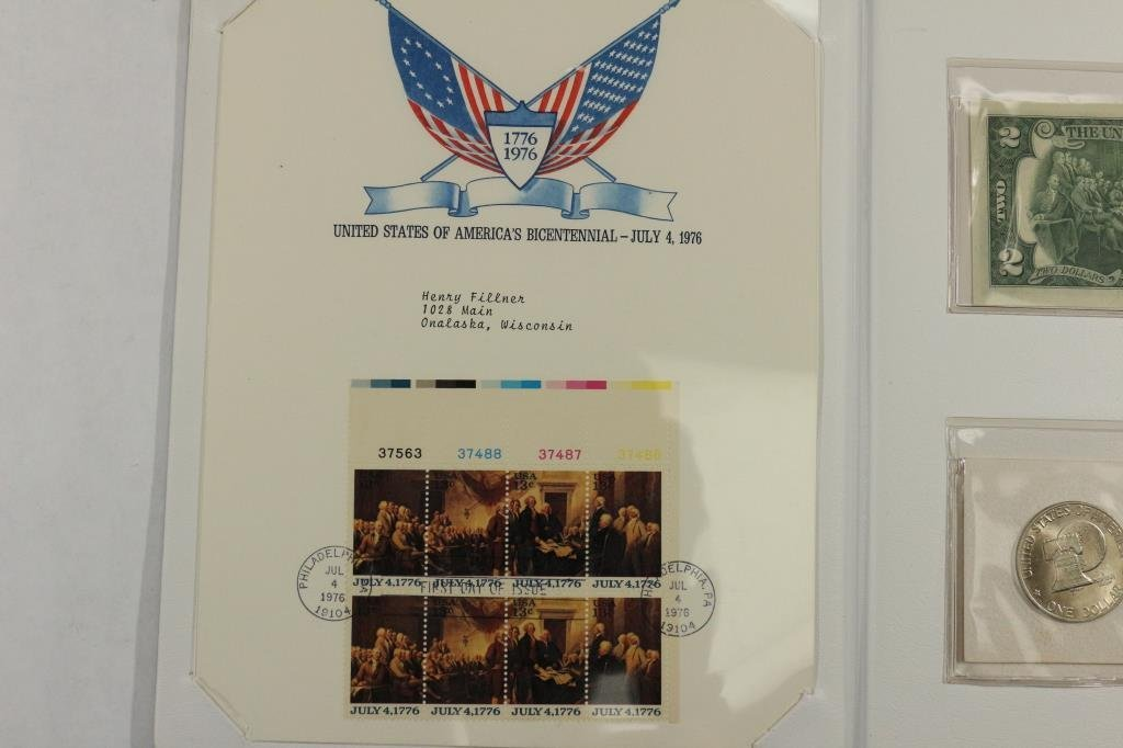 US BICENTENNIAL COIN CURRENCY & STAMP SET - 2