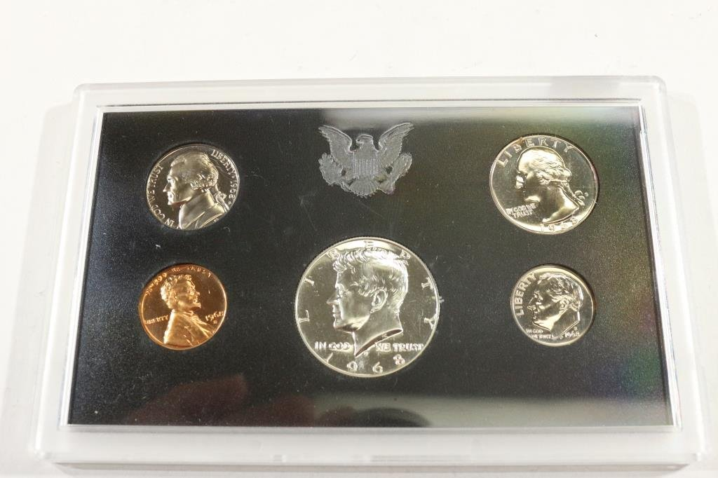 1968 US PROOF SET WITH NO BOX, 40% SILVER JFK HALF