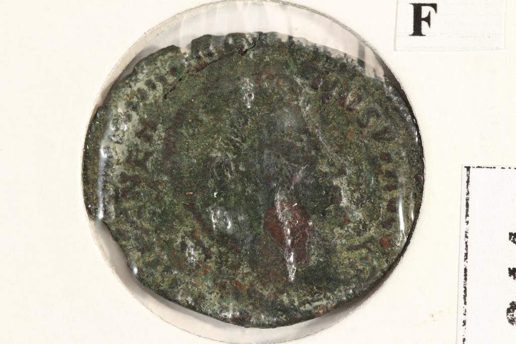 350-354 A.D. MAGNENTIUS ANCIENT COIN (FINE)