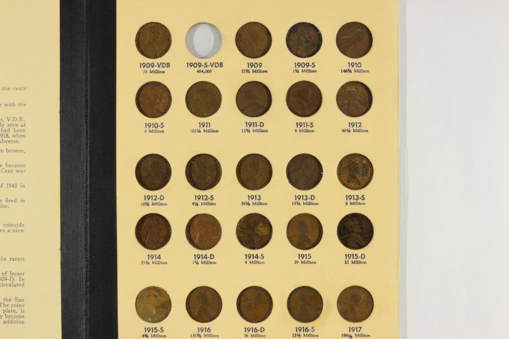 NEARLY COMPLETE 1909-1940 LINCOLN CENTS ALBUM