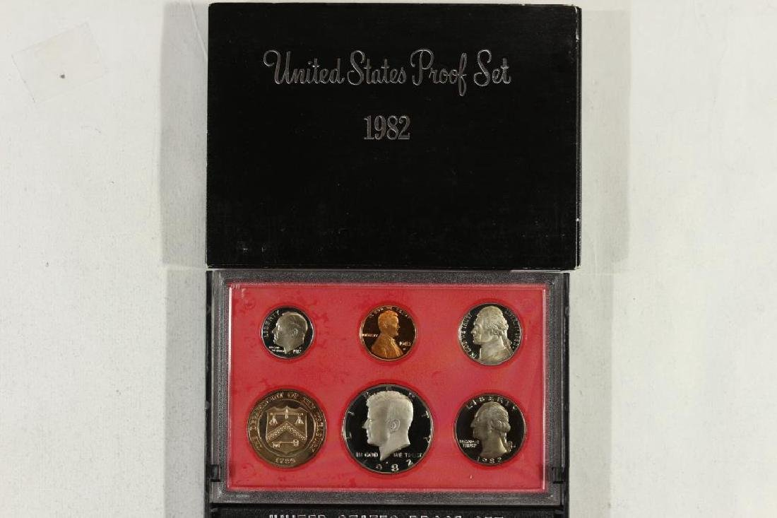 1982 US PROOF SET (WITH BOX)