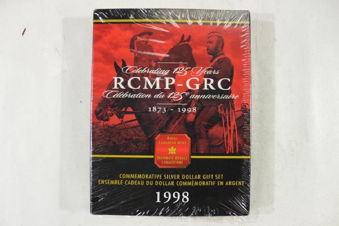 1998 CANADA RCMP-GRC COMMEMORATIVE SILVER DOLLAR