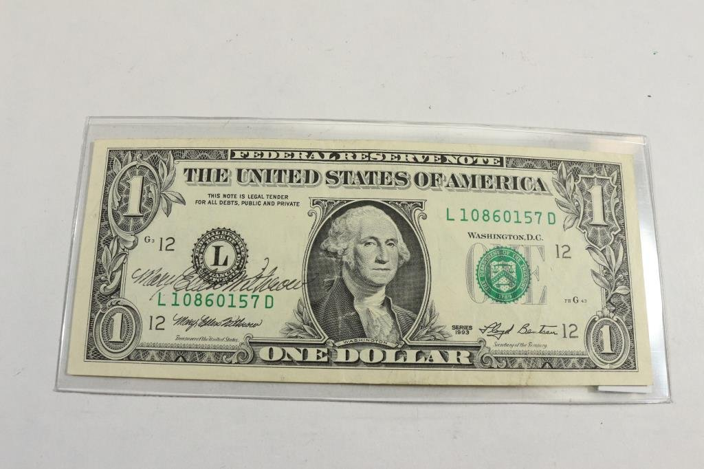 1993 $1 FEDERAL RESERVE NOTE SIGNED BY MARY ELLEN
