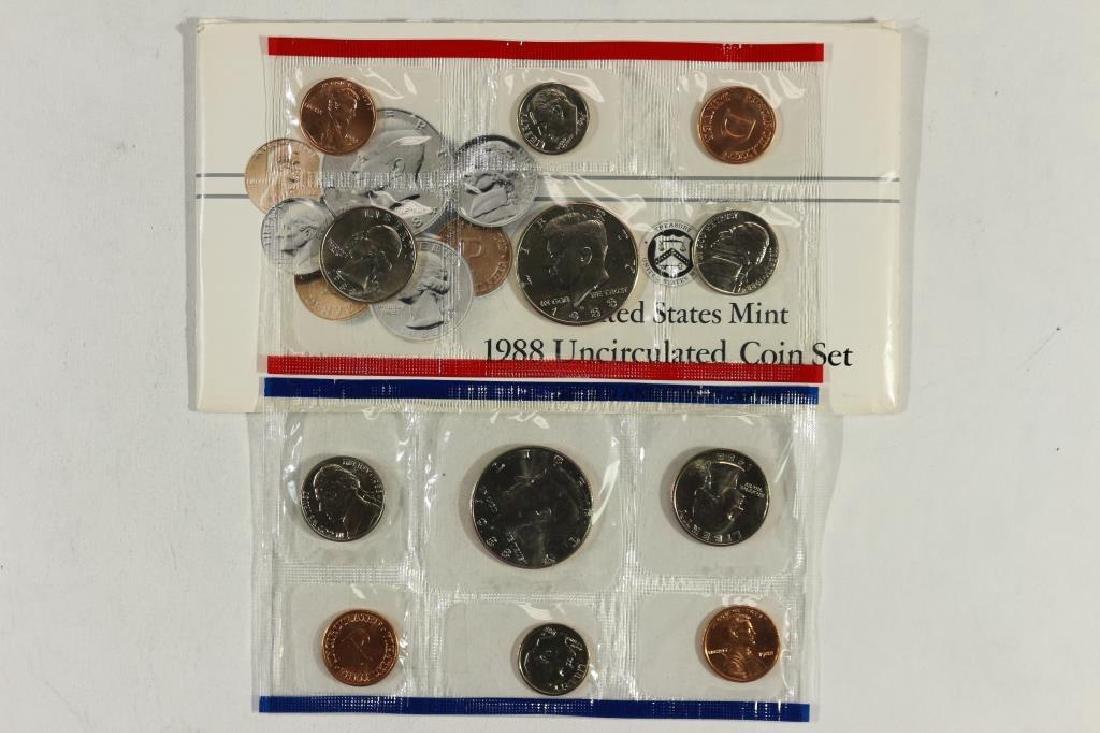 1988 US MINT SET (UNC) P/D (WITH ENVELOPE)