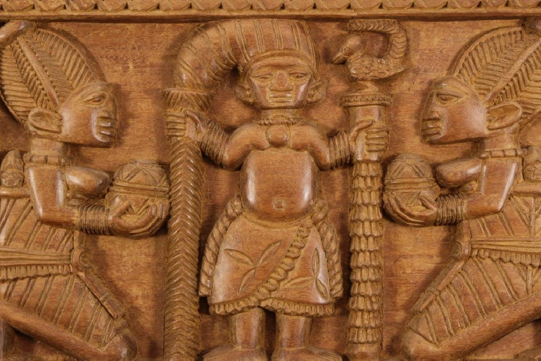 4 African Wood Panels w Battle and Court Scenes - 3