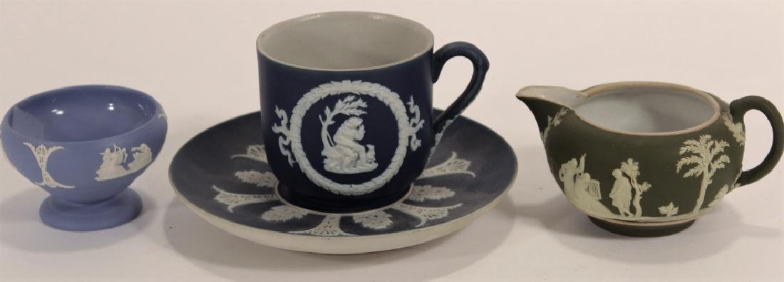 Lot 7 Adam Turnstall Wedgwood w/ 3 Limoges Boxes - 2