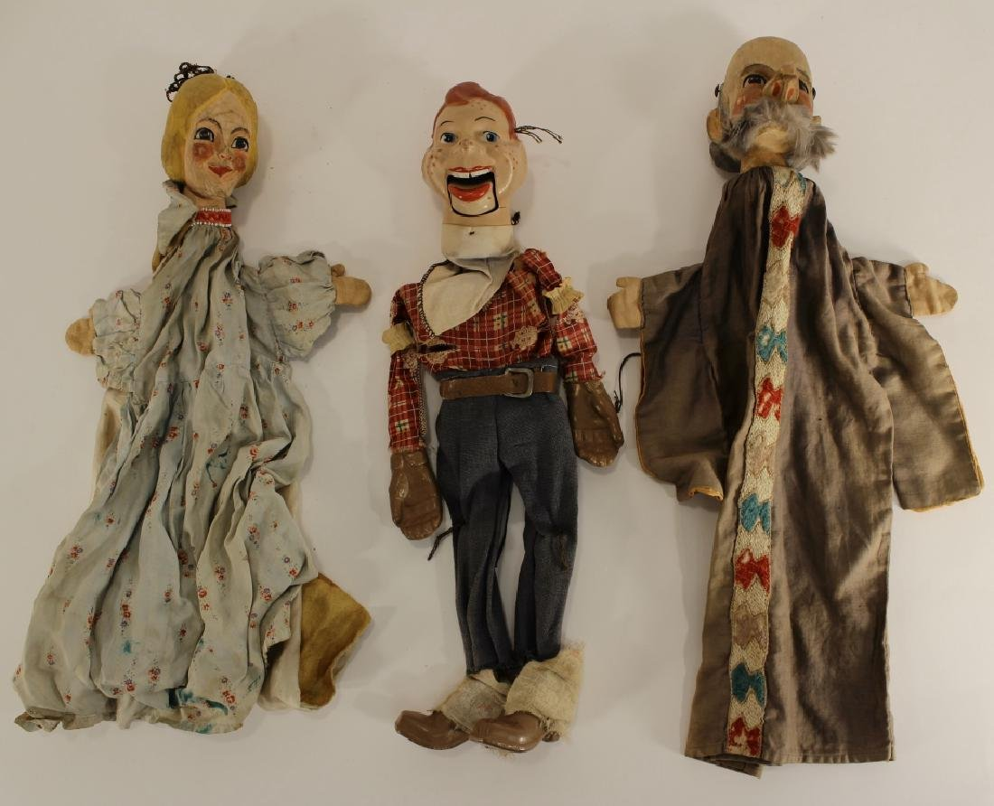 Howdy Doody Marionette & 2 puppets