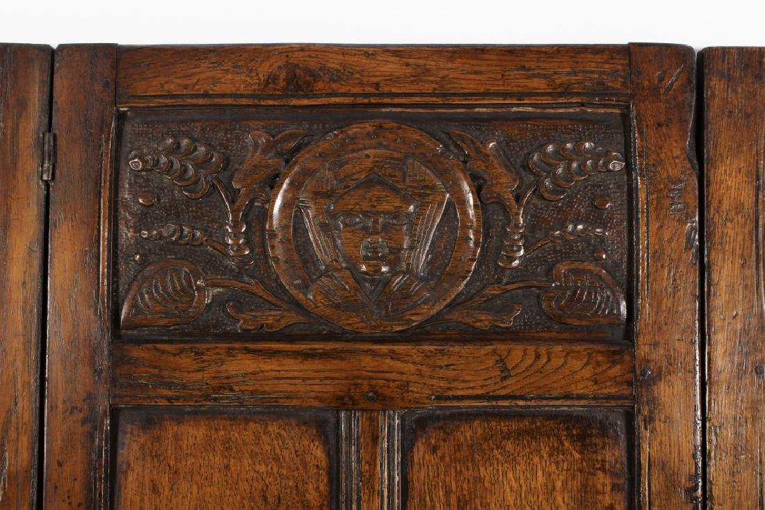 18th C. Continental Oak Wood Carved 3 Panel Screen - 3