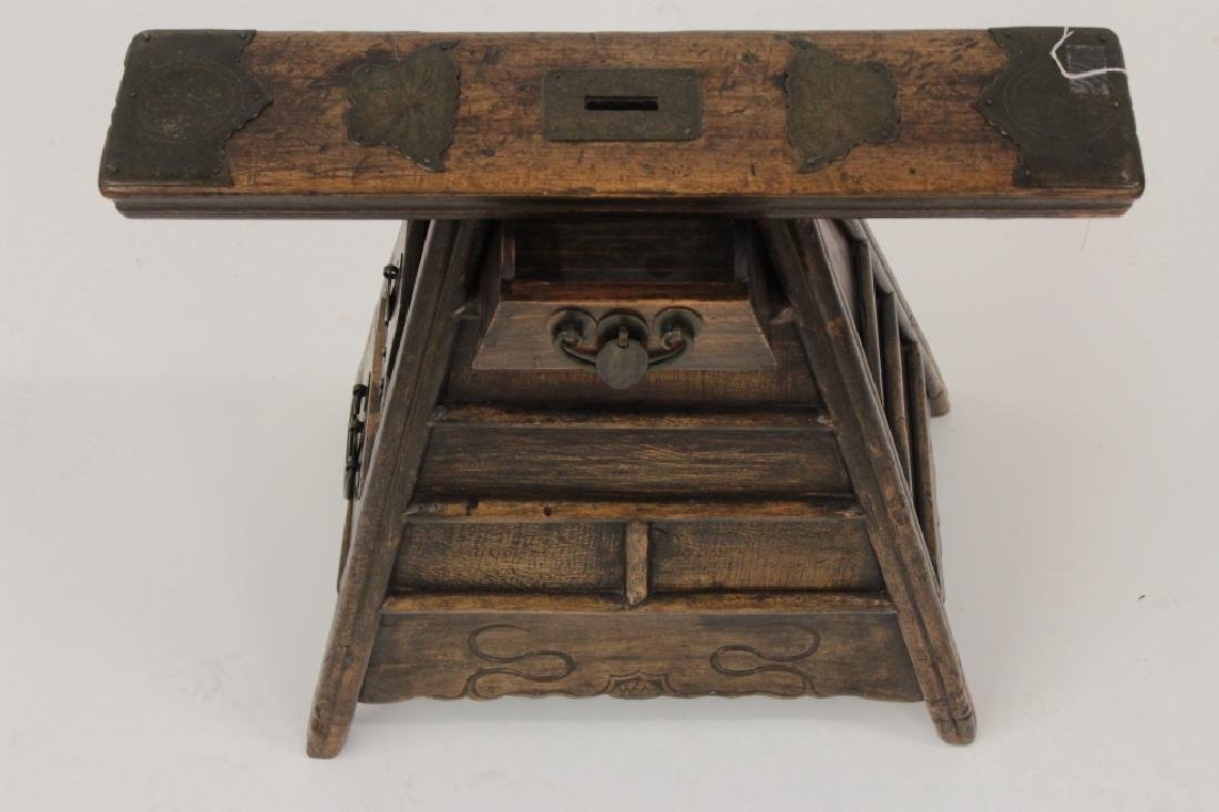 Chinese Barber Bench with Carved Bench,20th - 5